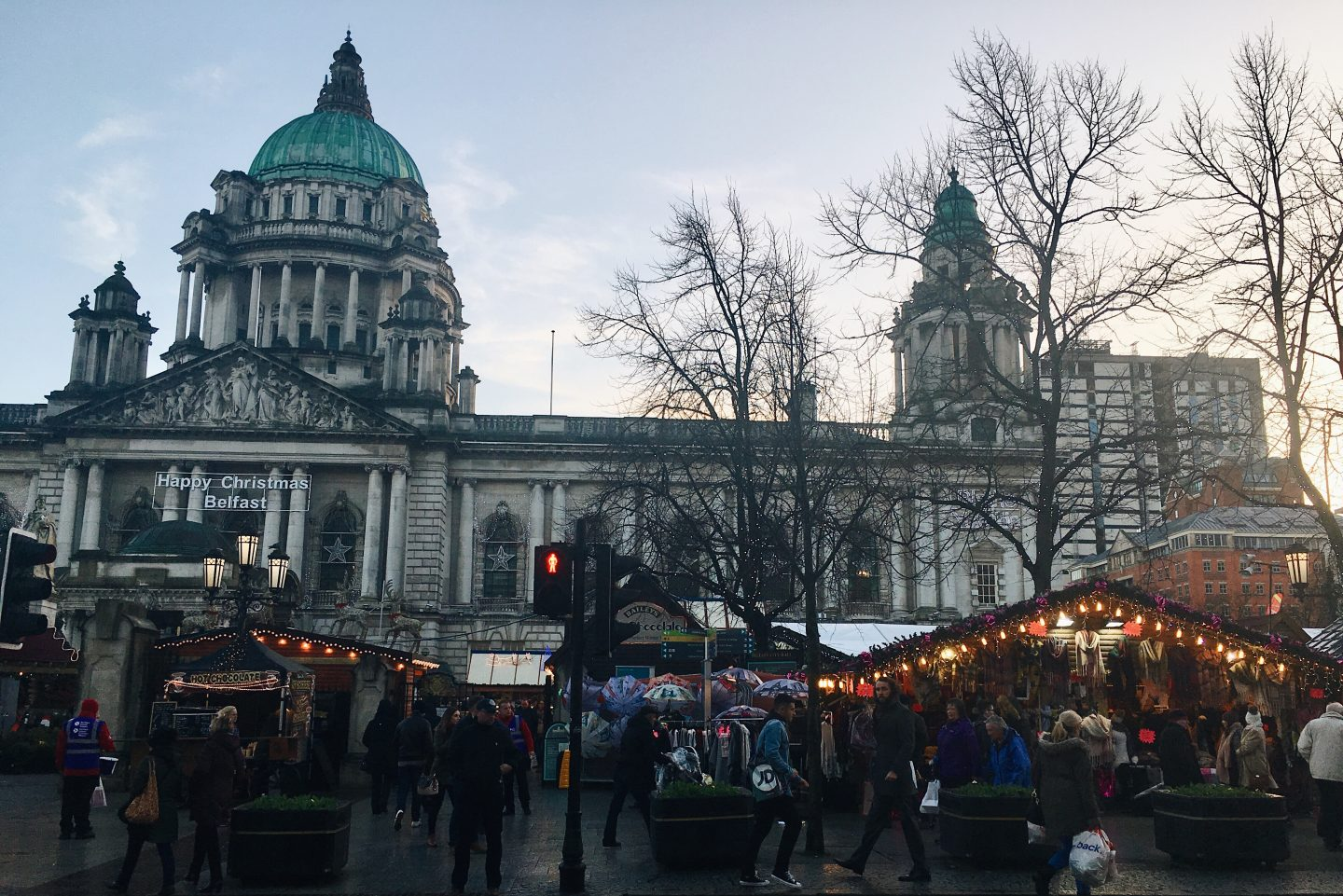 Belfast City Hall and Christmas Markets in Northern Ireland!
