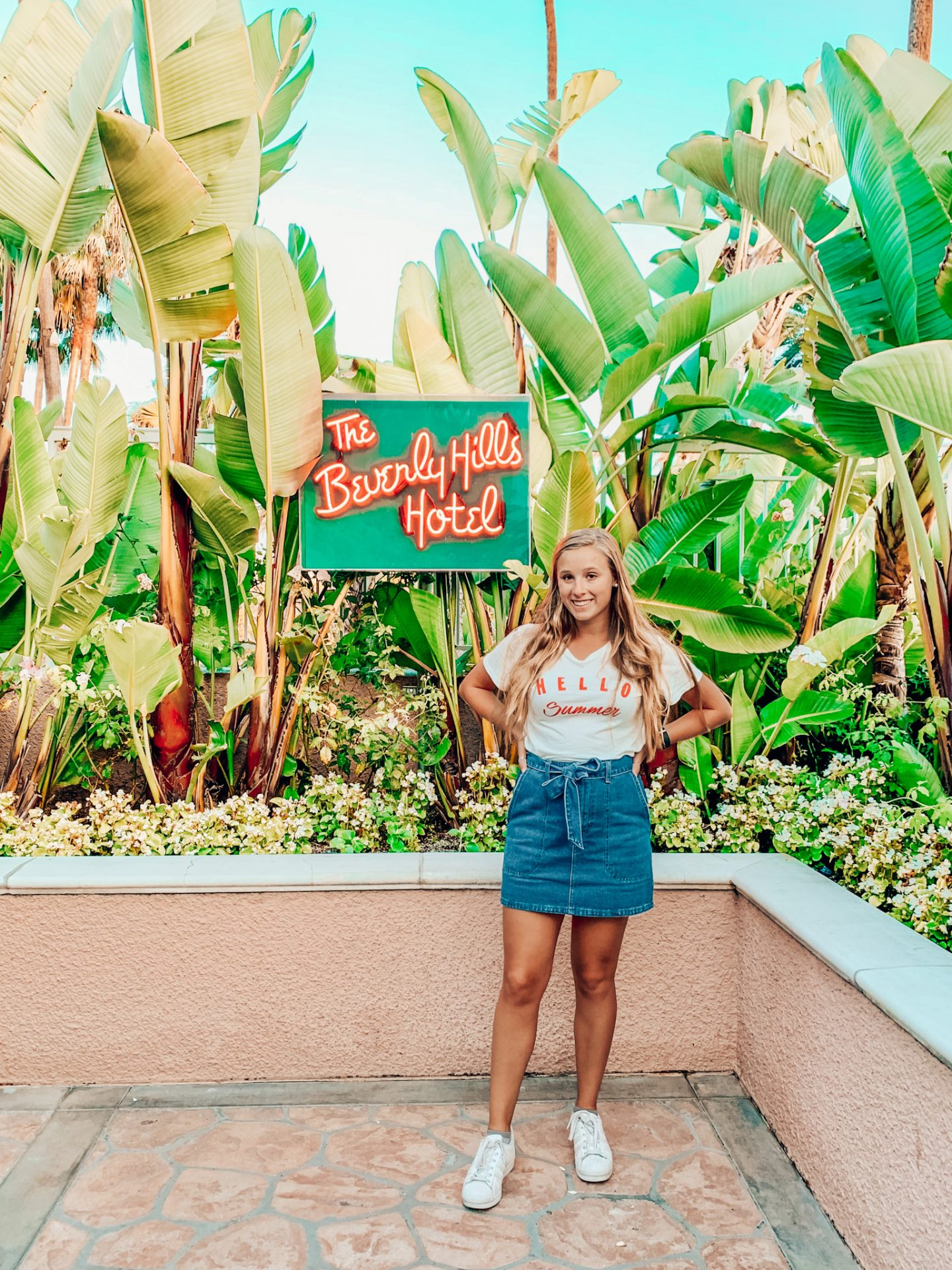 Private tour of the Beverly Hills hotel gardens!
