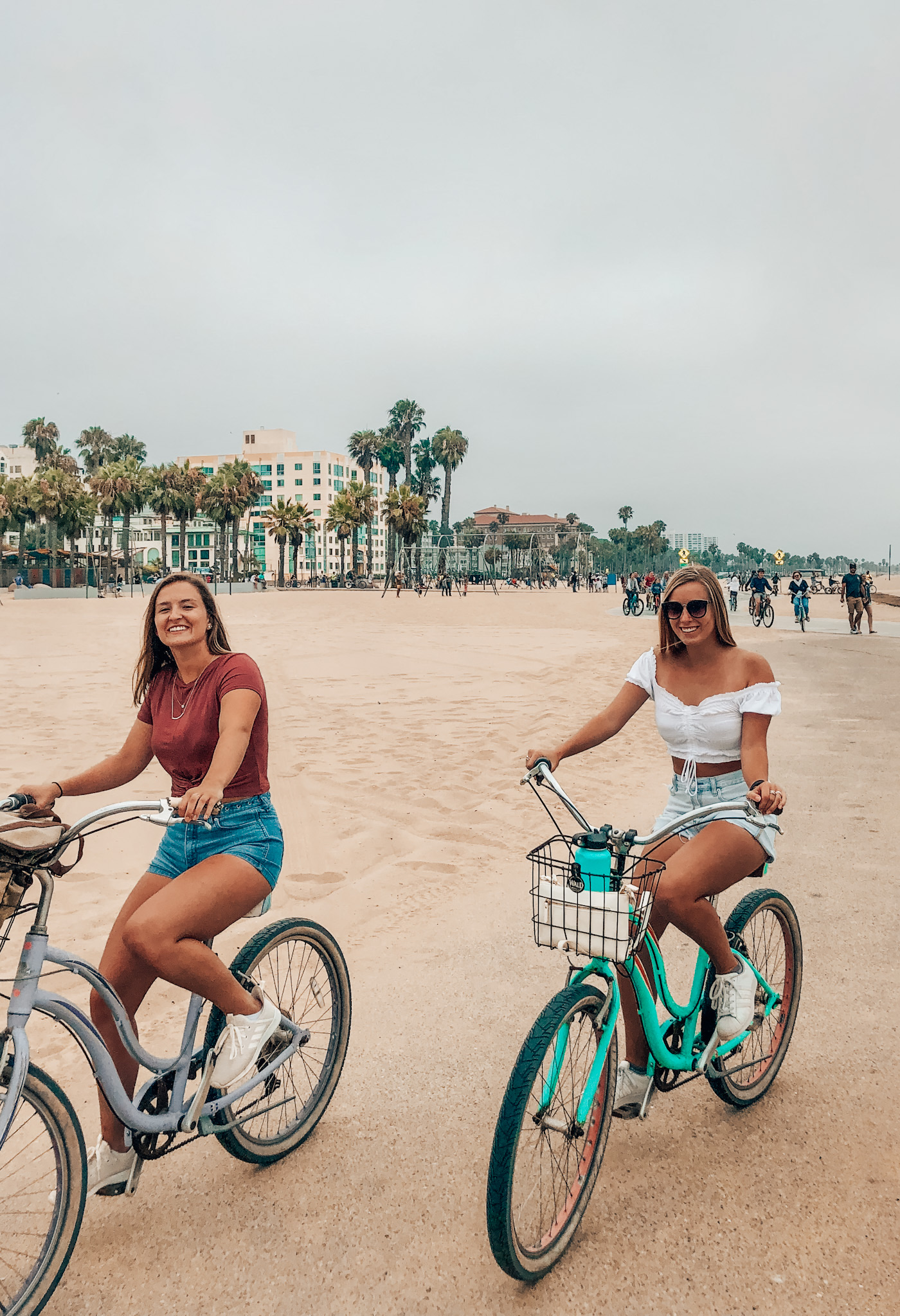 Biking from Venice Beach to Santa Monica Pier!