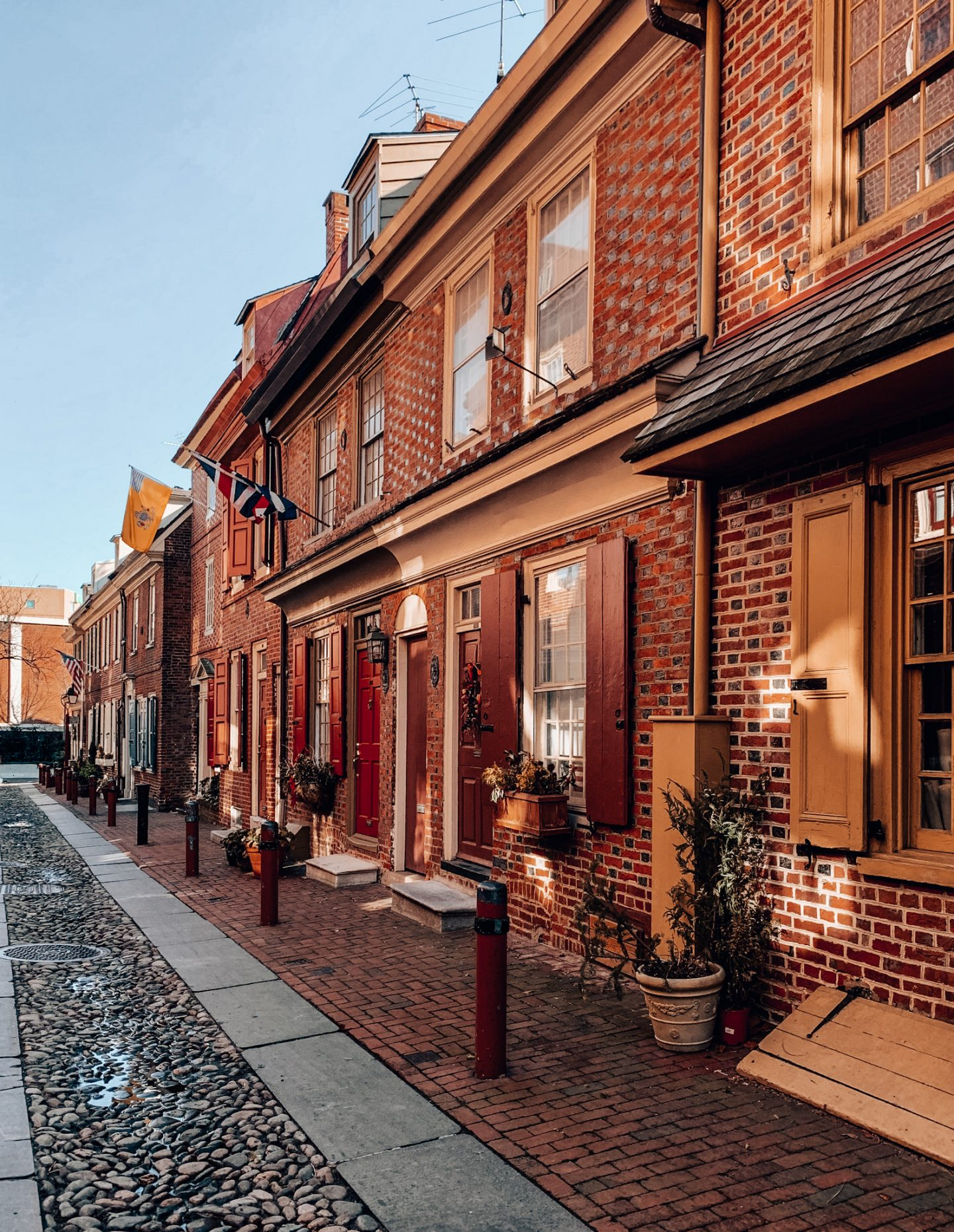 Elfreth's Alley in Philly!