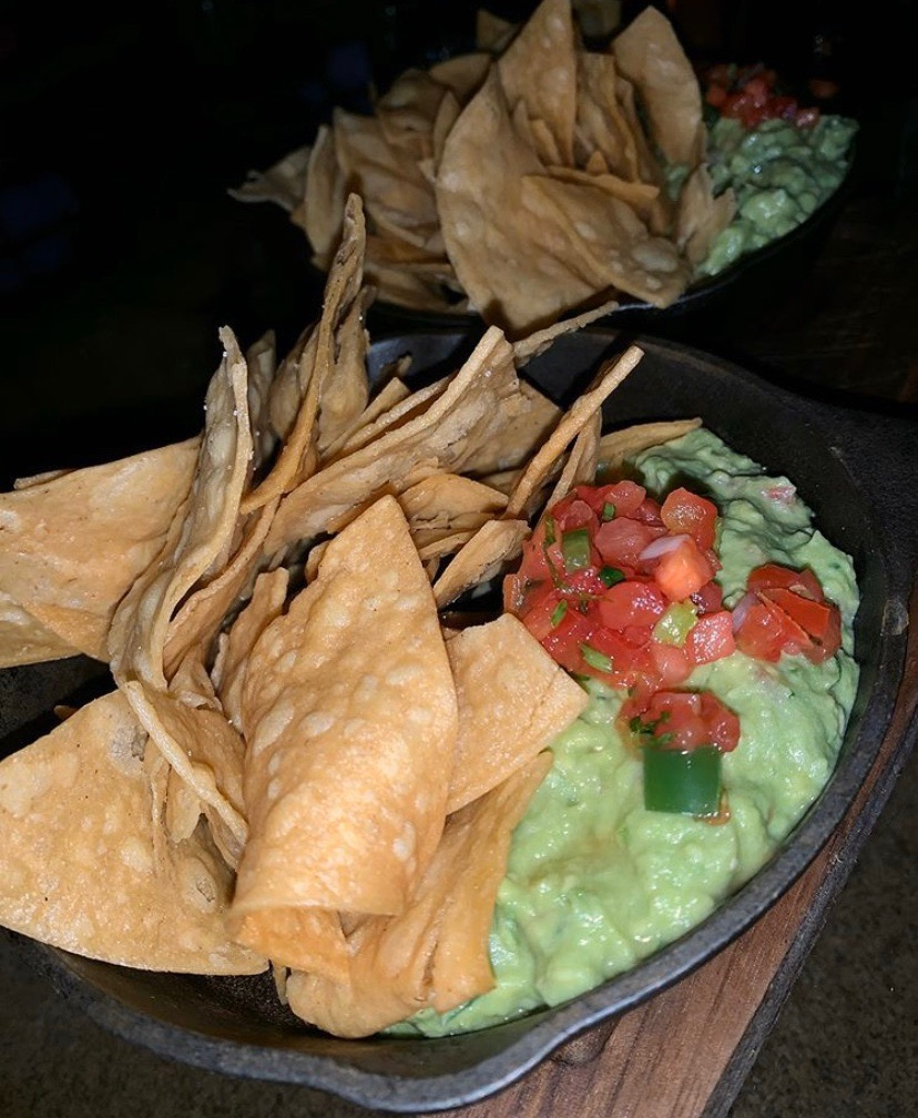 GeronimOOO baby!!! | Starting off the weekend right with guac & chips from Geronimo